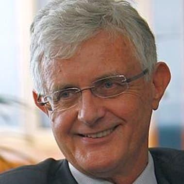 portret DR. PAVEL GANTAR