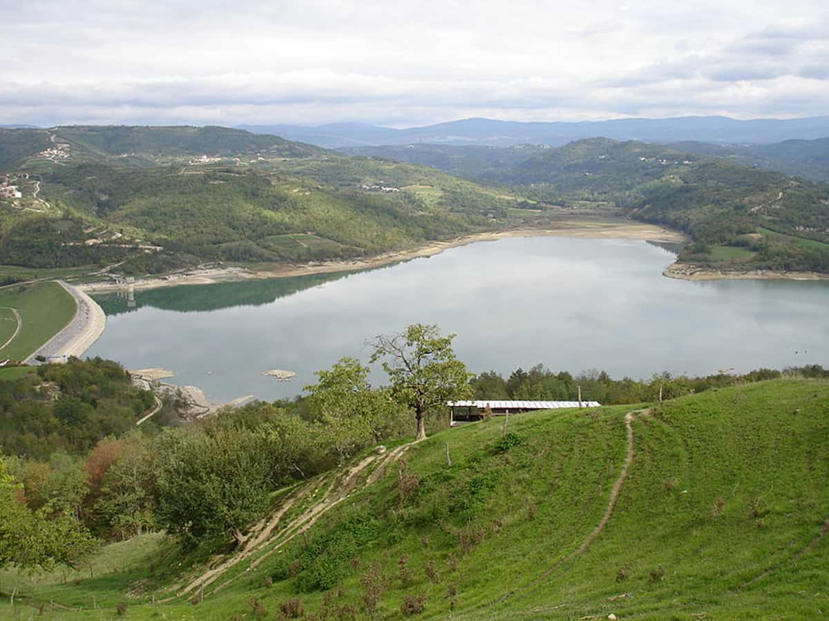 jezero butiniga